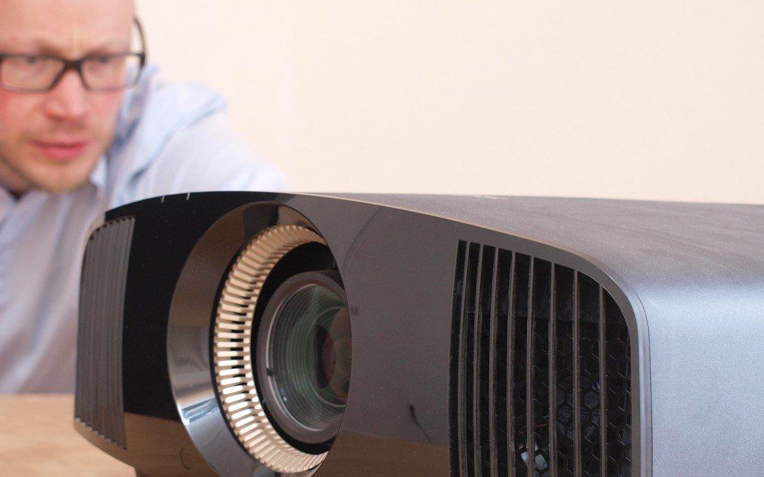 SONY 4K Beamer neue Modelle 2017 VPL VW260ES und VPL VW360ES