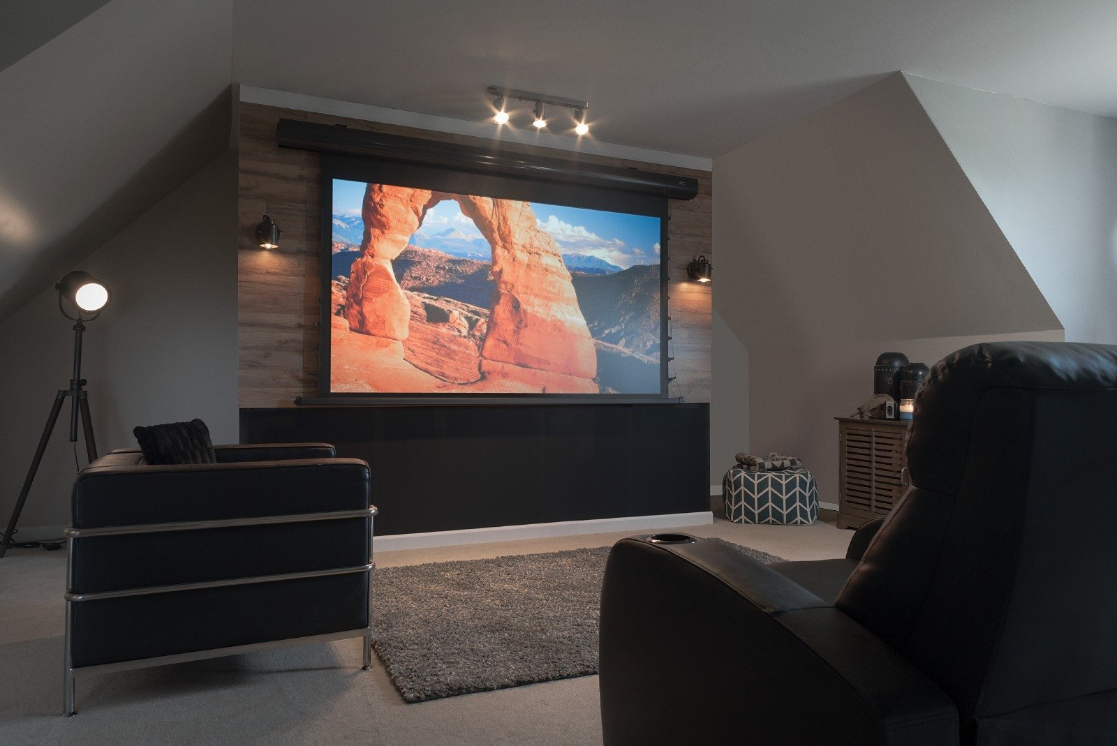 elite screens tageslicht leinwand saker cinegrey 5d heimkino. Black Bedroom Furniture Sets. Home Design Ideas
