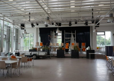 Beamer-Montage-Schule10